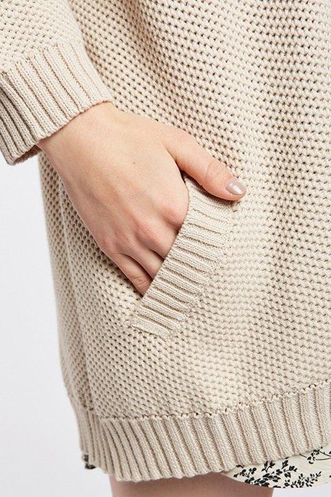 Detalle bolsillos de maxi cardigan Meisïe