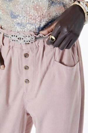 Detalle del pantalón corte paper bag. Meisïe.