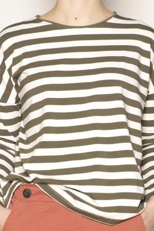 Camiseta de rayas en tono verde-PAN