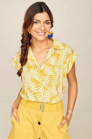 camisa uva amarilla smile.